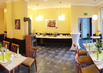 Cafe-Feldmann-innen